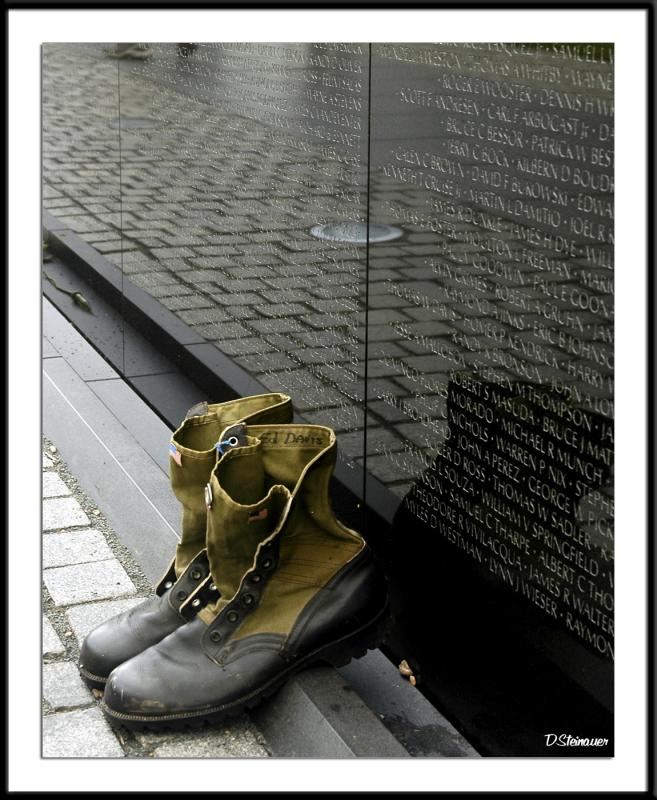 6/4/05 - At the Wall<br><font size=3>ds20050604_0229awF Boots.jpg</font>