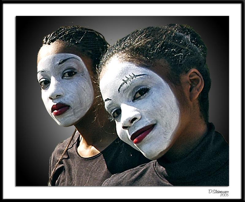 ds20051002_0019cwF Dancers.jpg