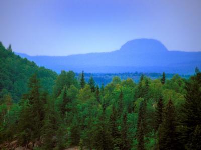 Colline Cheminis kekeko Mountain