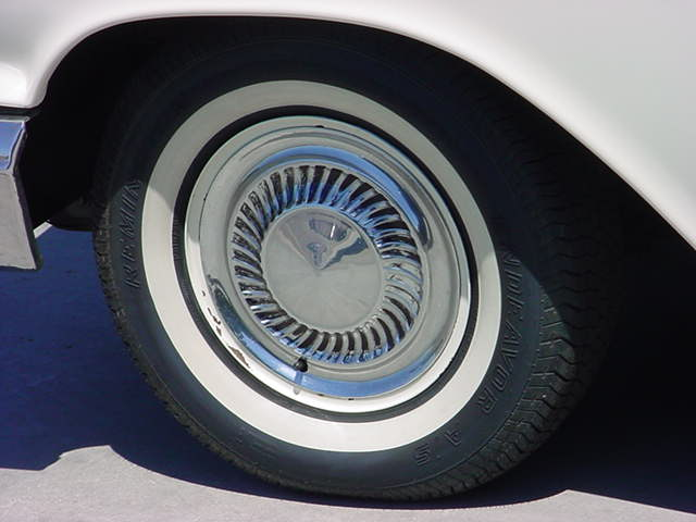 1960 Tbird wheel