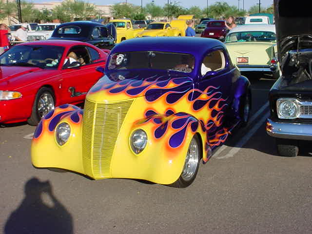 1937 Ford coupe<br>2005 Sat. car show