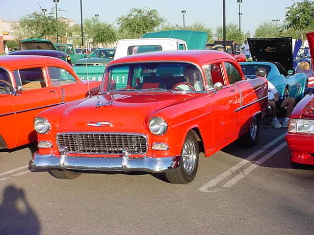beautiful 55 Chevy<br> Saturday car show