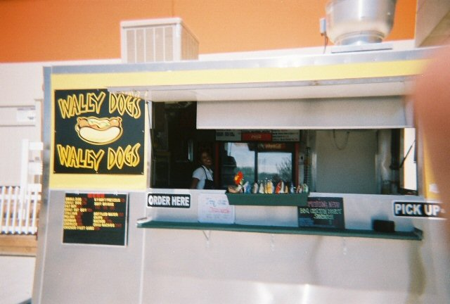 Wally Dogs stand
