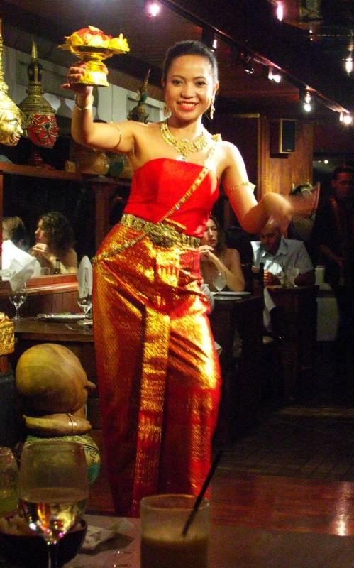 Thai dancer, Restaurant Singha
