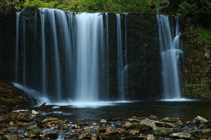 Hoggs Falls 3.jpg