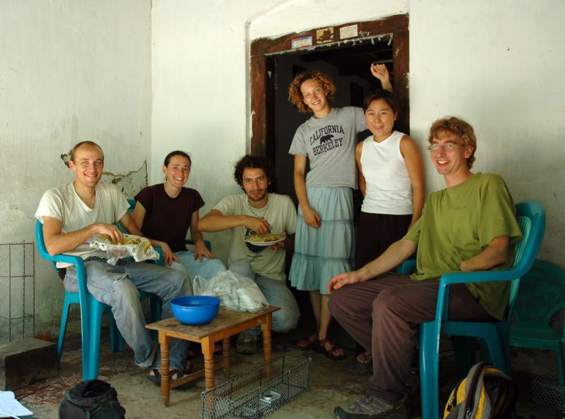 Berkeley UV Tube Team in Sri Lanka