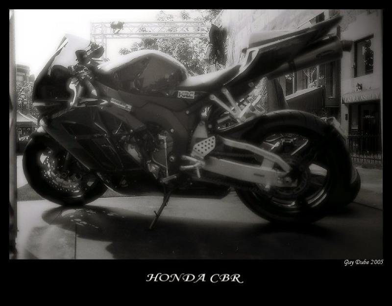 F1000003BBENCBON.jpg
