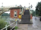 Steps up onto bridge on the Middlesex side.