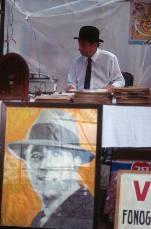 selling Gardel songs