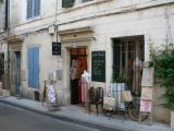 Provencal shop in Arle