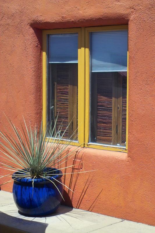 gold window