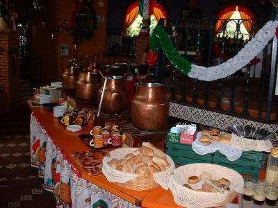 Las Lupitas buffet, Morelia