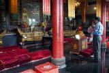 Da Ci'en Temple - Praying