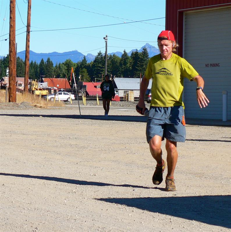 Scott McCoubrey finishes