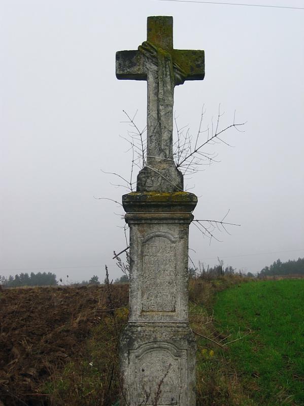 Near Brusno