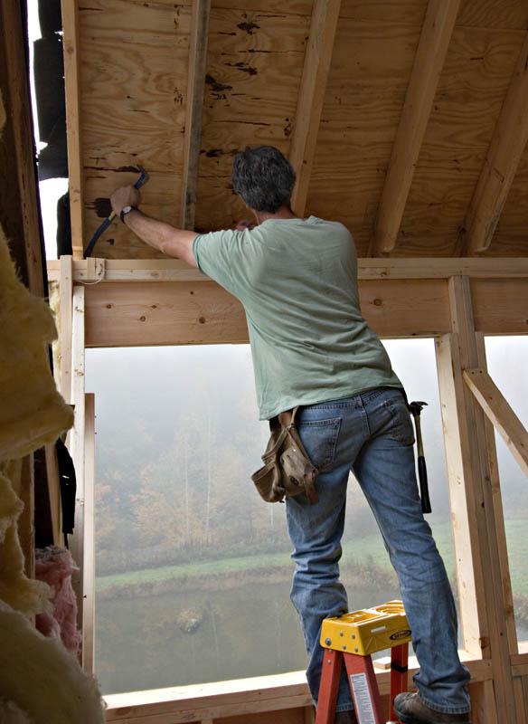 Adjusting the roof