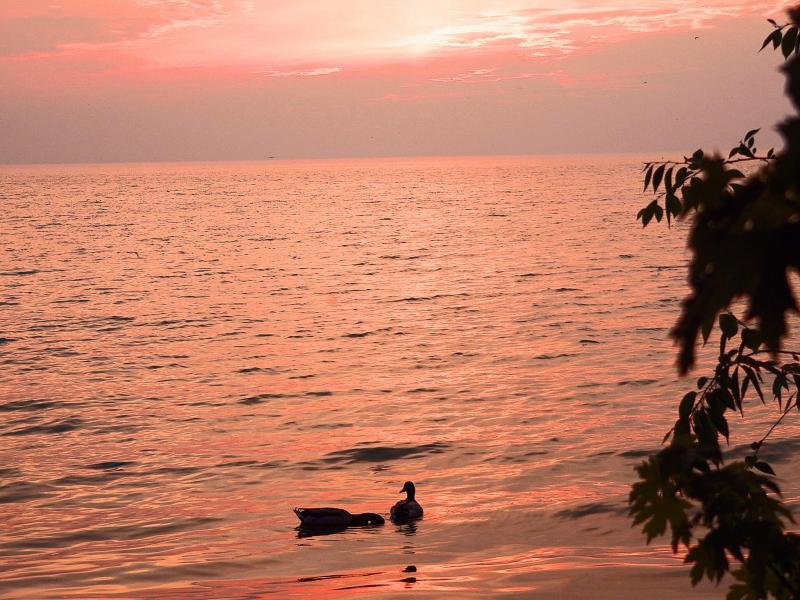 Sunset at Port Dalhousie Ontario 003.jpg