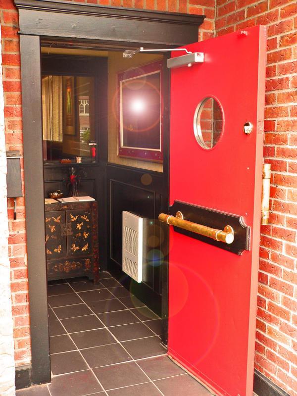 Doors 02 - pad June 18 2005.jpg