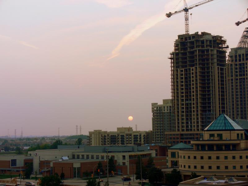 Sunset over Mississauga at 7:17PM. This is the result of bad smog and poor air quality....