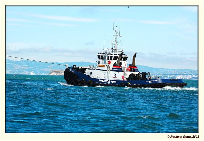 Commander boat