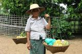 Selling bananas: Ban Dom Kirek