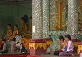praying-Shwedagon.jpg