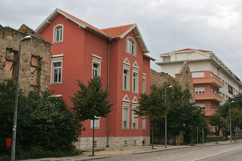 Mostar,ruins of 1993
