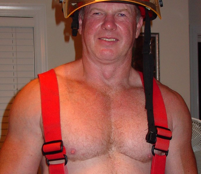 daddy firefighter uniform.jpg