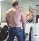 big hairy daddie bears deadlifts lifting weights