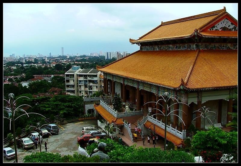 Kek Lok Si main prayer hall