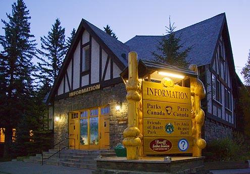 Early Morning Banff 17920