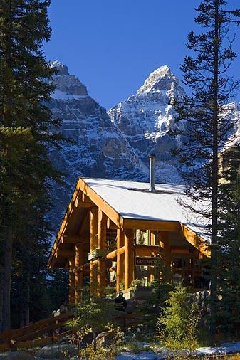 Moraine Lake Lodge 18115