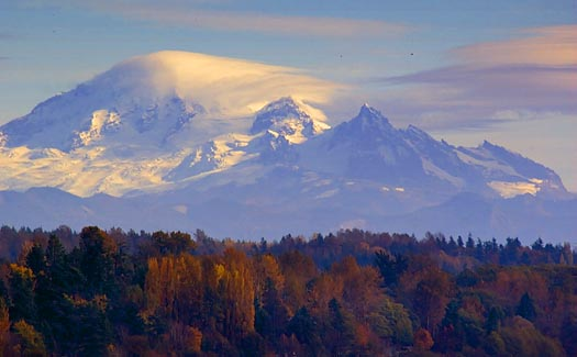 Clouds Blowing Off Mount Baker 19685