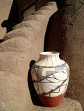Taos Pueblo pottery DSC05398.jpg