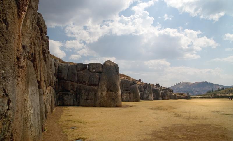 Sacsayhuaman fort