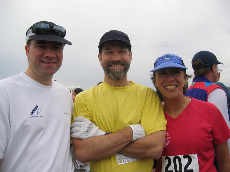 David, Stan, Maura at the Yakima Marathon