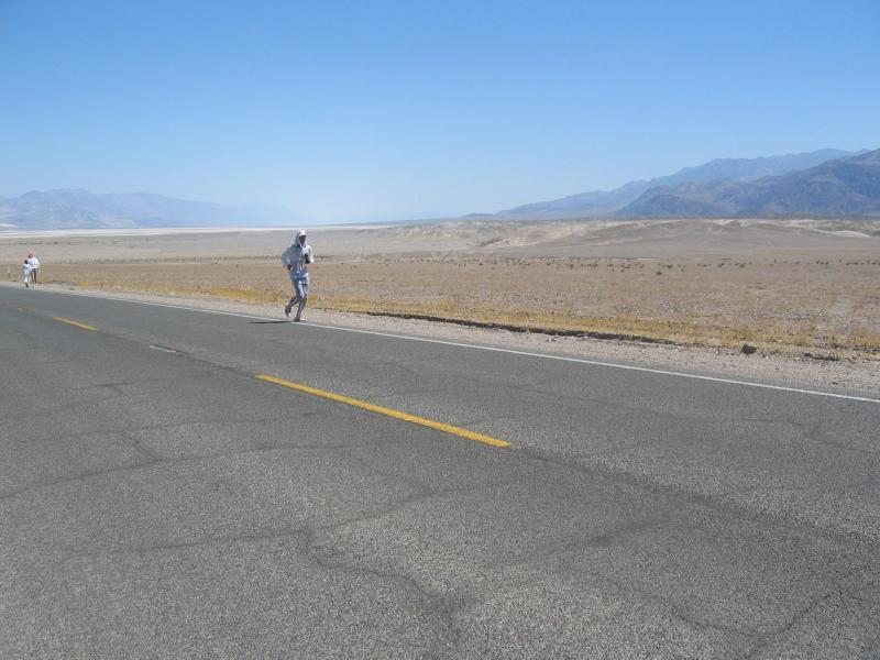Scott Jurek on the road to Stove Pipe Wells