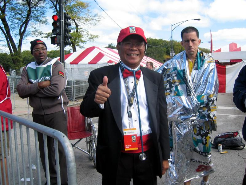 Dr. Noel Nequin from Chicago appropriately dressed for triage at the Chicago Marathon