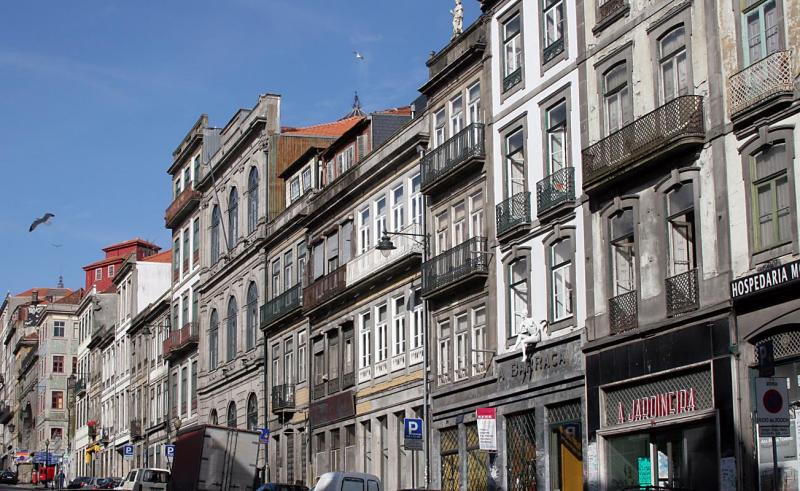 The streets of central Porto