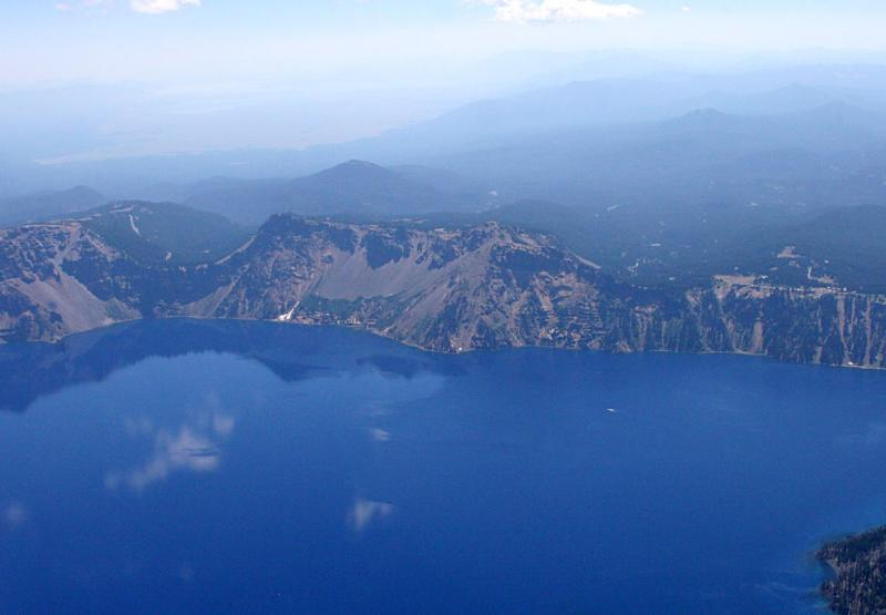 6 August - flying from Klamath Falls to Portland via Crater Lake