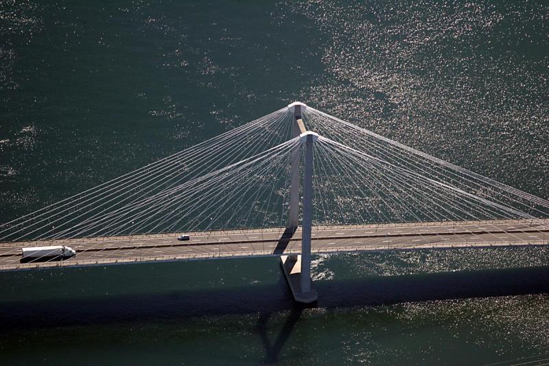 Bridge over the Columbia