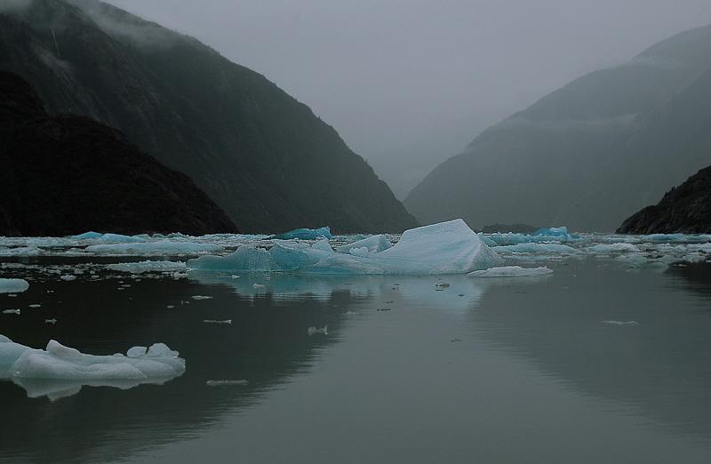 iceberg fjord.jpg