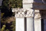 Colonnes et chapiteaux
