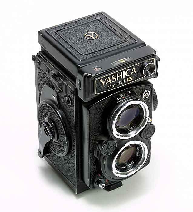 99821.yashica.124g.jpg