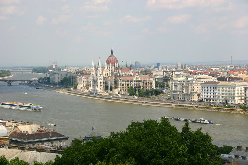 Panorama - view of Parliament