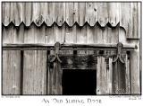 07Oct05 An Old Sliding Door - 6161