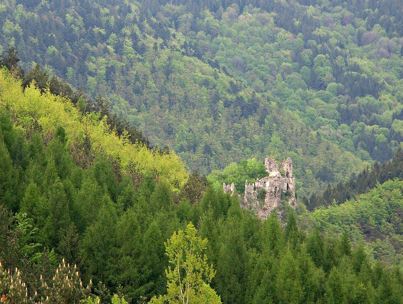 Starý Hrad, near Strečno