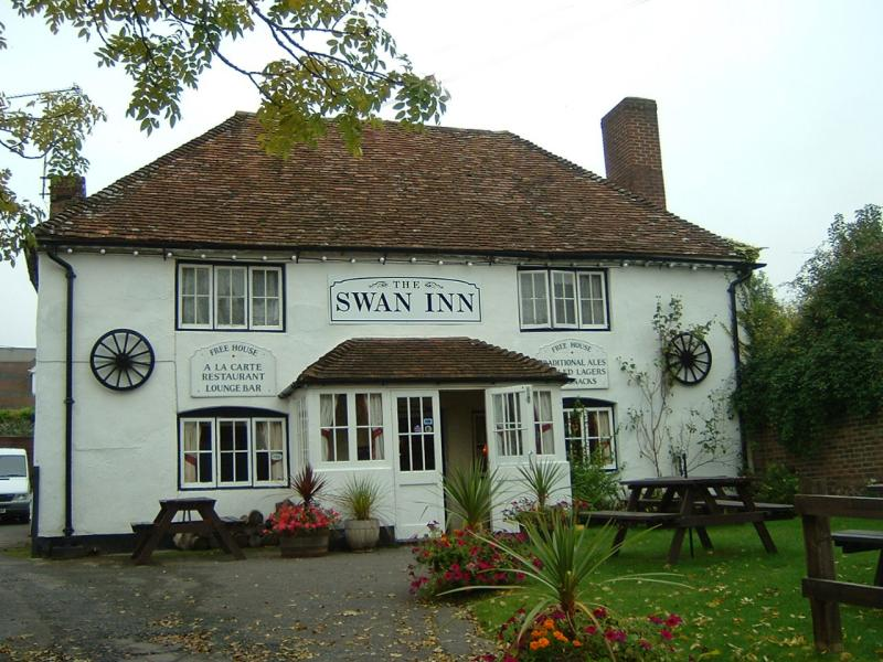 The Swan at Barton Stacey