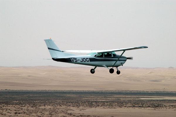 V5-JOG over Meob Bay, Namibia