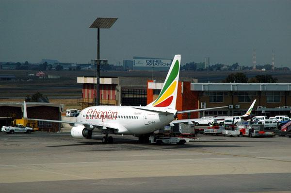 Ethiopian Boeing 737 (ET-ALK) in JNB